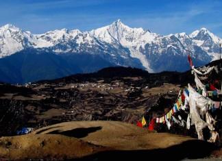 ภูเขาหิมะเหมยหลี่, 梅里雪山, มณฑลยูนนาน, 云南省, ท่องเที่ยวจีน, สถานที่ท่องท่องเที่ยวในประเทศจีน, ประเทศจีน, คาวาเกโป, หมู่บ้านอวี่เปิง, วัดเฟยไหล, ธารน้ำแข็งหมิงหย่ง, วัดอุปราช