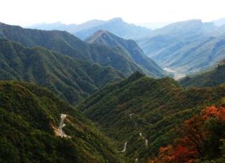 อาณาเขตแห่งเทพกสิกร, เสินหนงเจี้ย, มณฑลหูเป่ย, ท่องเที่ยวจีน, สถานที่ท่องเที่ยวในประเทศจีน, 神农架, 湖北省, ยอดเสินหง, ที่ราบแดง